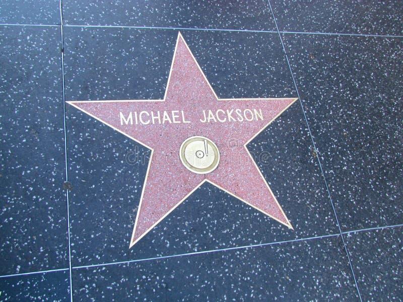 在名望好莱坞大道步行的星在LA的 免版税库存照片