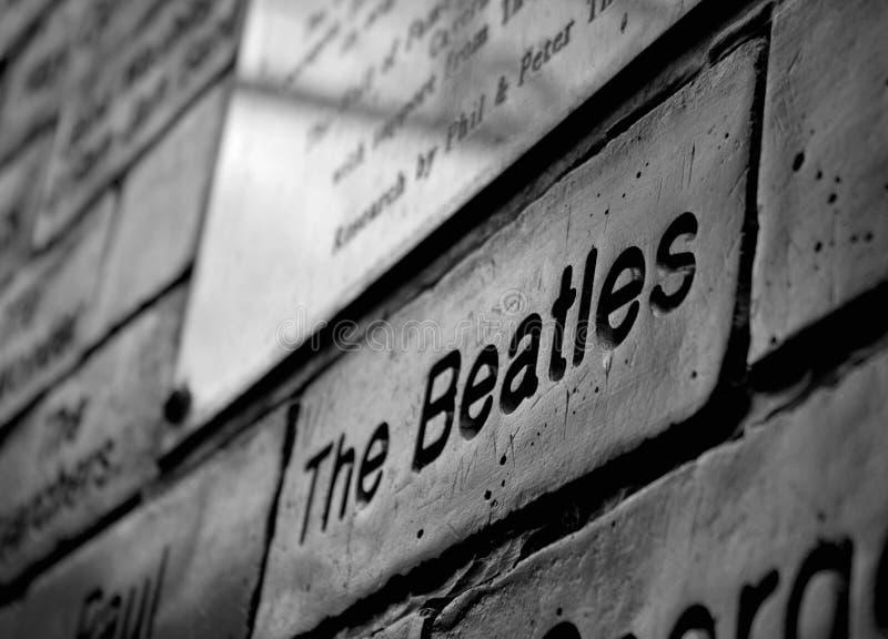 在名望洞穴墙壁上的Beatles标志  库存照片