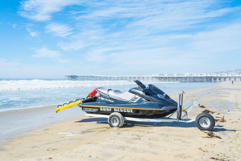 在和平的海滩的喷气机滑雪 库存图片