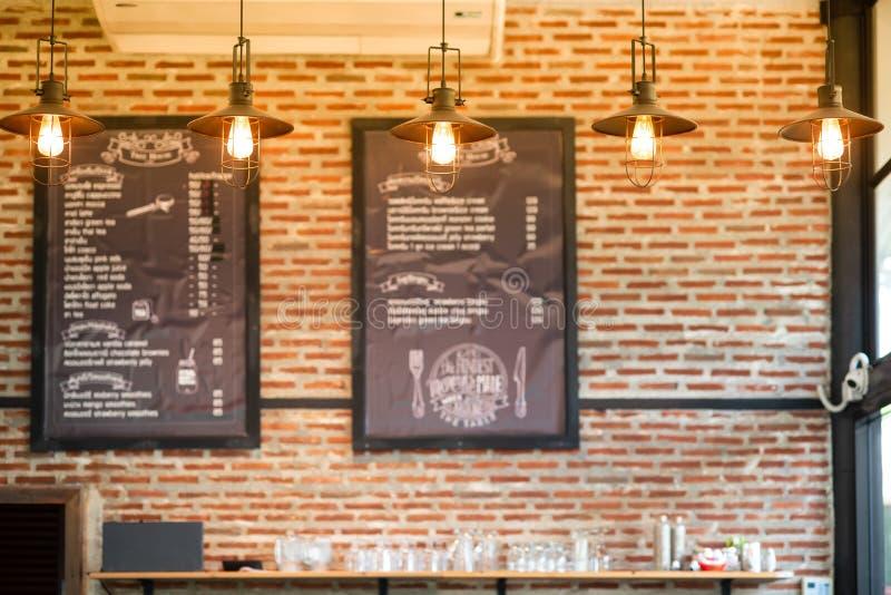 在咖啡店的灯 库存照片