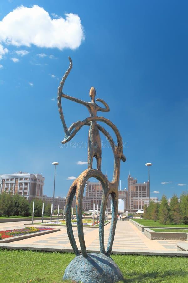 在哈萨克人国民样式的雕象 免版税库存图片