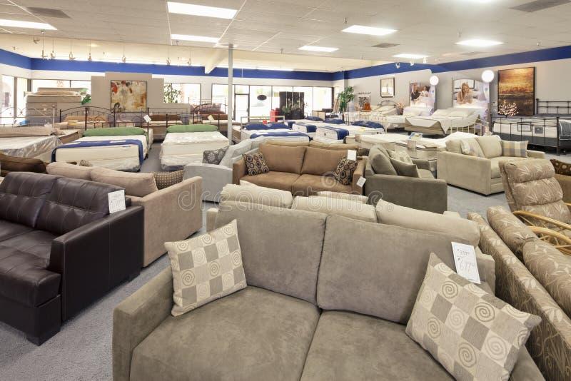 在商店和床垫显示的就座家具 图库摄影