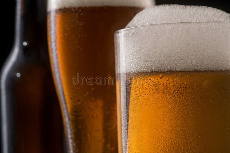 在啤酒的接近的看法 图库摄影