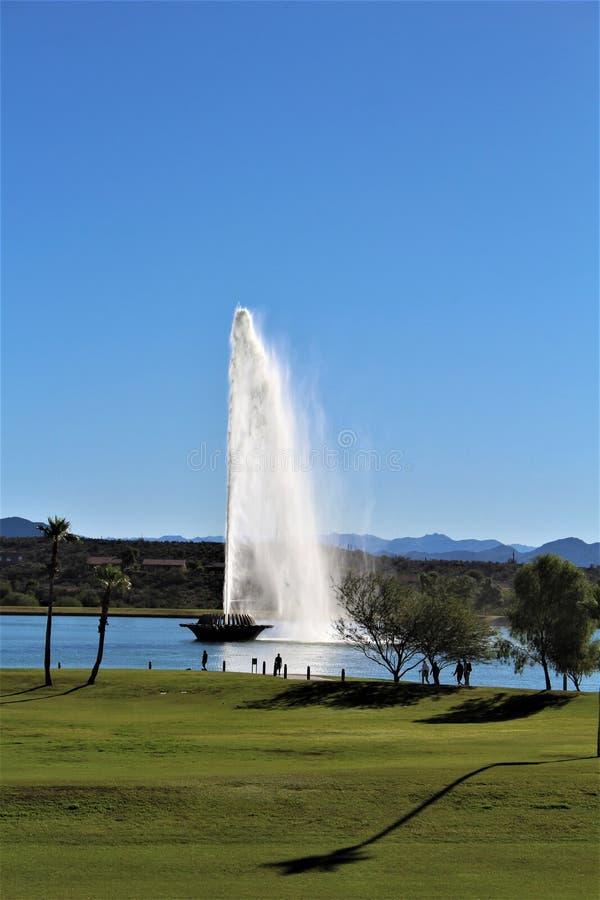 在喷泉山,马里科帕县,亚利桑那,美国的喷泉 库存图片