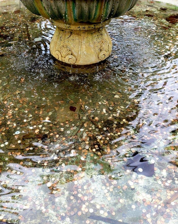 在喷泉的愿望 库存照片