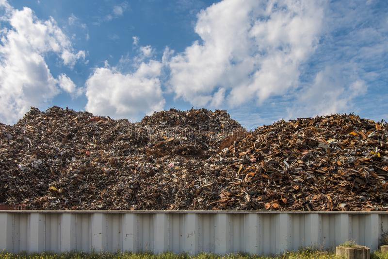 在回收厂站点的废金属 库存照片