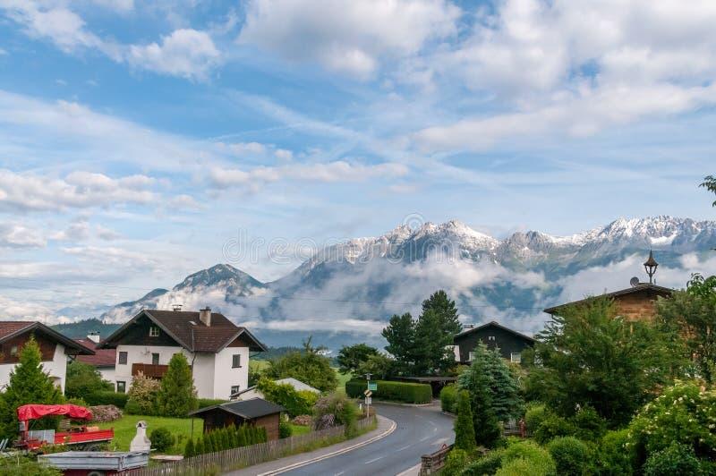 在因斯布鲁克附近的奥地利阿尔卑斯 免版税库存照片