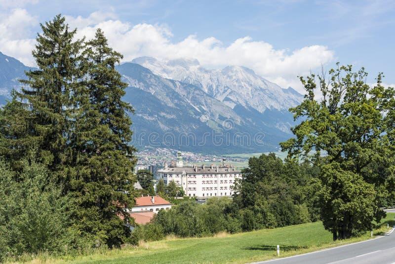 在因斯布鲁克,奥地利附近的Ambras城堡。 库存图片