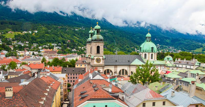 在因斯布鲁克,蒂罗尔,奥地利的老中心的看法 图库摄影