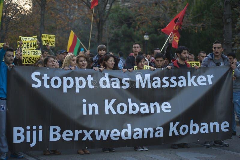 在团结Kobane的库尔德示范在维也纳 库存照片