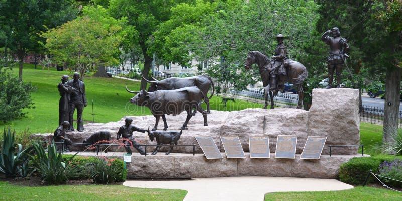 在国会大厦大厦正方形的历史纪念碑在街市奥斯汀,得克萨斯 库存图片