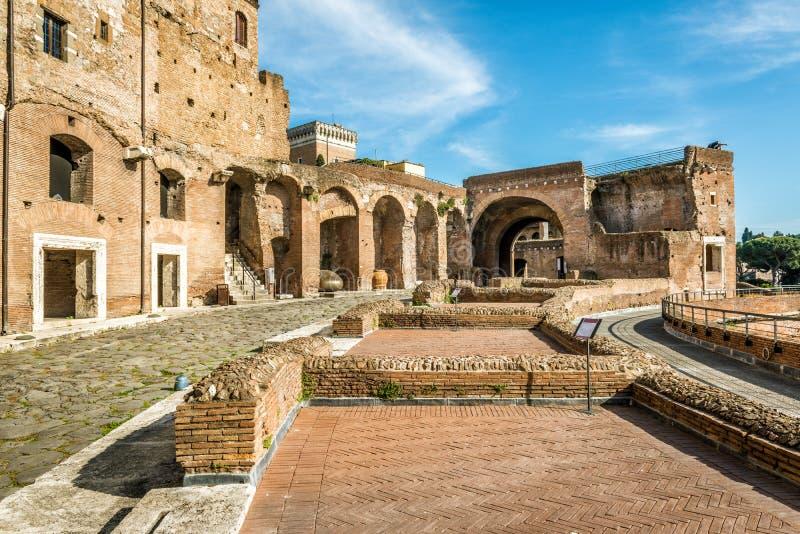 在图拉真广场,罗马,意大利的古老市场 库存照片