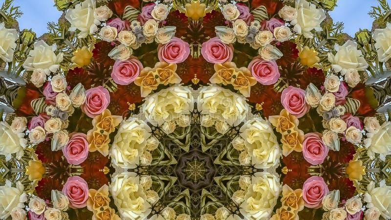 在圆安排的全景五颜六色的花在婚礼在加利福尼亚 免版税库存图片