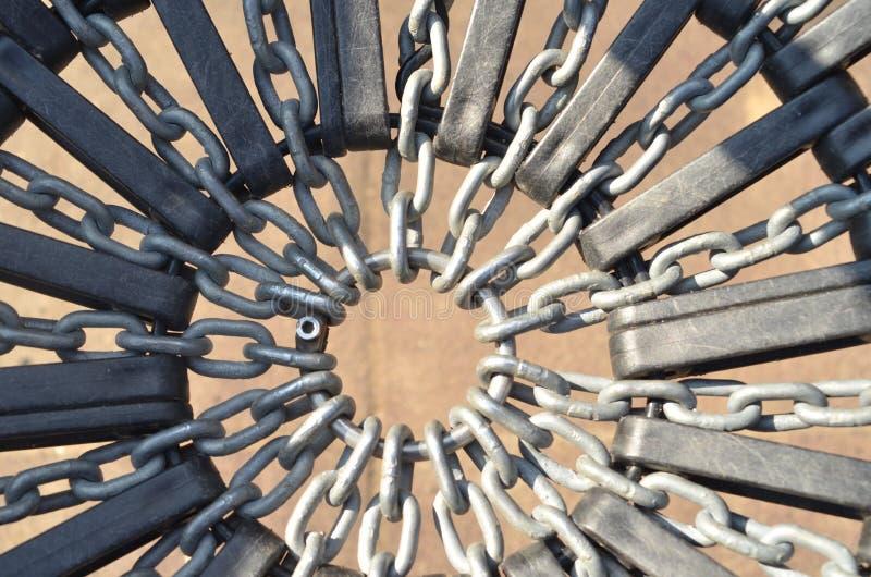 在圆环的金属链子 库存图片