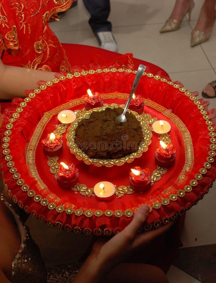 在土耳其婚礼的传统无刺指甲花 库存照片