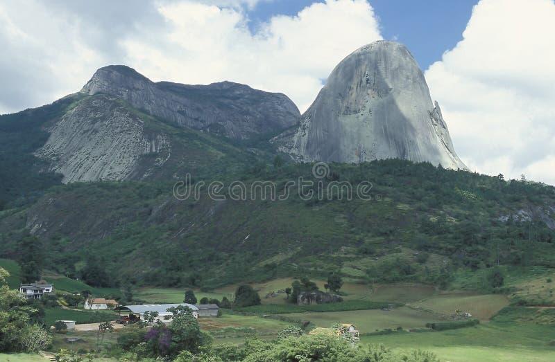 在圣埃斯皮里图, Braz状态的Pedra Azul (蓝宝石)  免版税库存照片