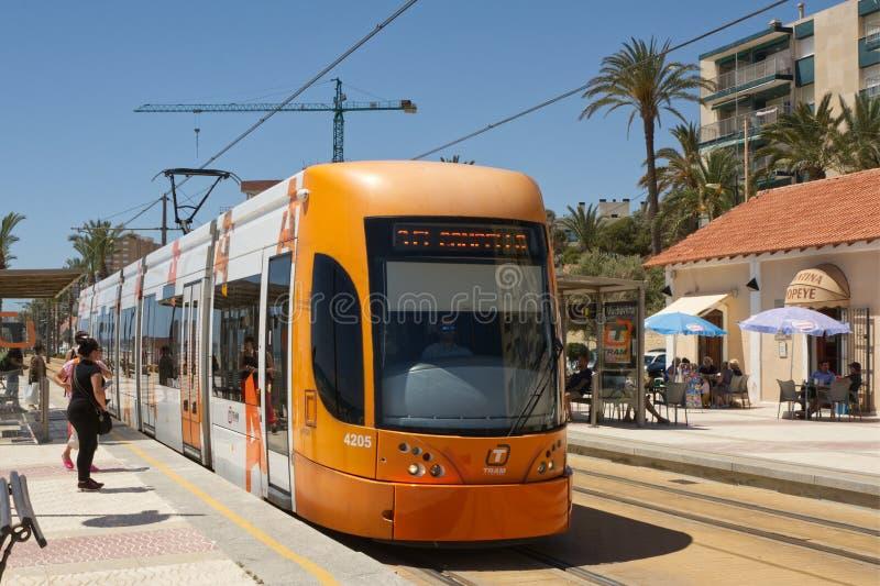 在圣徒霍安,科斯塔布朗卡,西班牙的电车 图库摄影