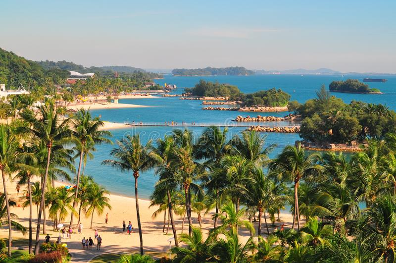 在圣淘沙海岛,新加坡的巴拉望岛海滩 库存图片