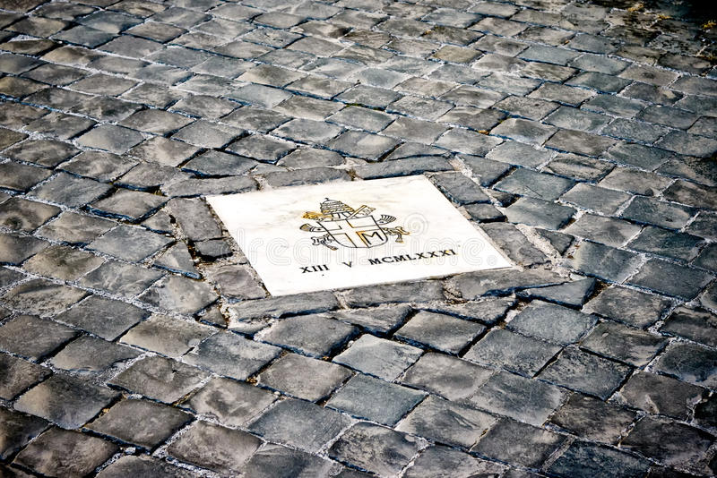 在圣皮特圣徒・彼得的正方形的斑点在教宗若望保禄二世被刺杀的罗马 免版税库存图片
