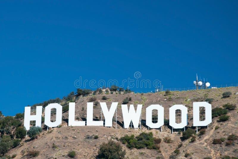 在圣莫尼卡山的好莱坞符号在洛杉矶 库存图片