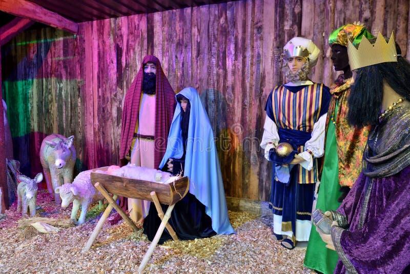 在圣诞节市场安装的饲槽场面在哥廷根 库存图片