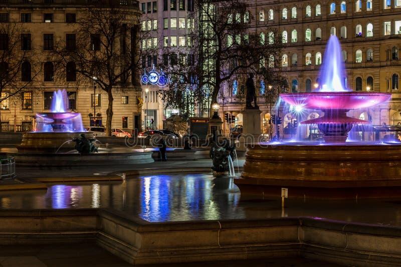 在圣诞节时间的特拉法加广场,伦敦 库存照片