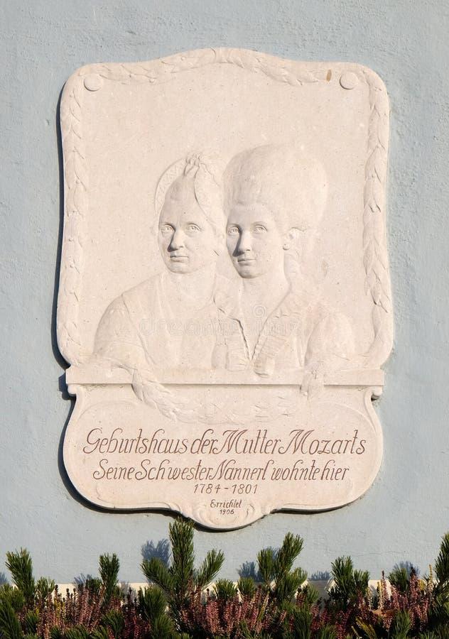 在圣Gilgen的Mozarthouse在沃尔夫冈看见湖,奥地利 库存照片