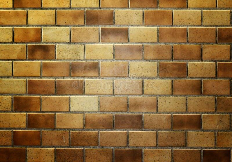 在地下火车的砖墙 免版税库存照片