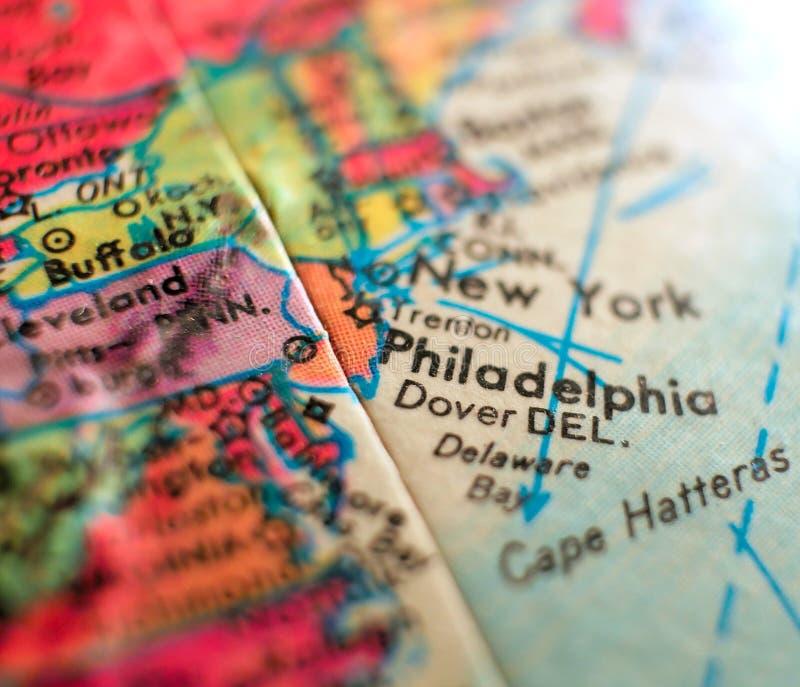 在地球地图的费城宾夕法尼亚美国东海岸焦点宏观射击旅行博克、社会媒介、网横幅和ba的 图库摄影