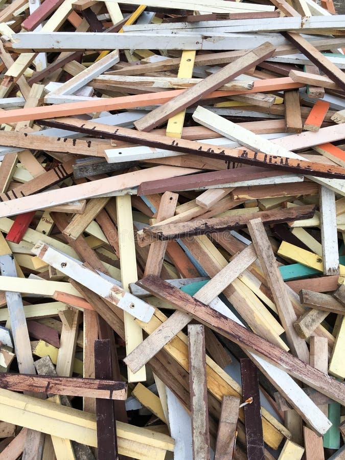 在地面上的干燥胶合板 免版税库存图片