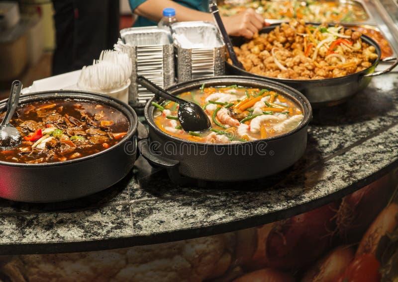在坎登镇暴露的传统食物 免版税库存图片