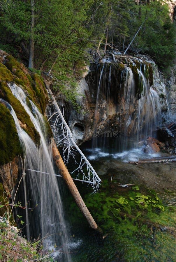 在垂悬的湖-格伦伍德斯普林斯,科罗拉多的瀑布 库存图片