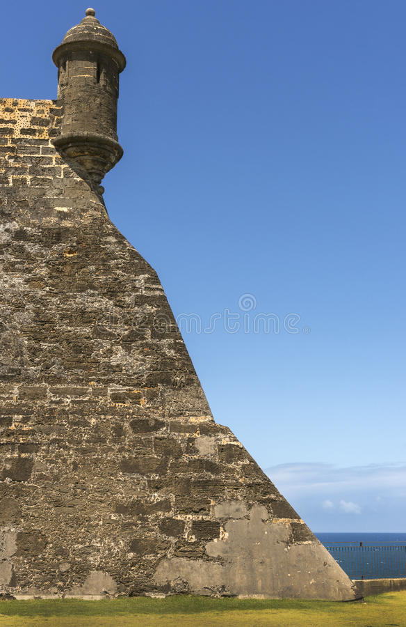 圣胡安,波多黎各:卡斯蒂略圣christobal 东北监视塔特写镜头在垒的