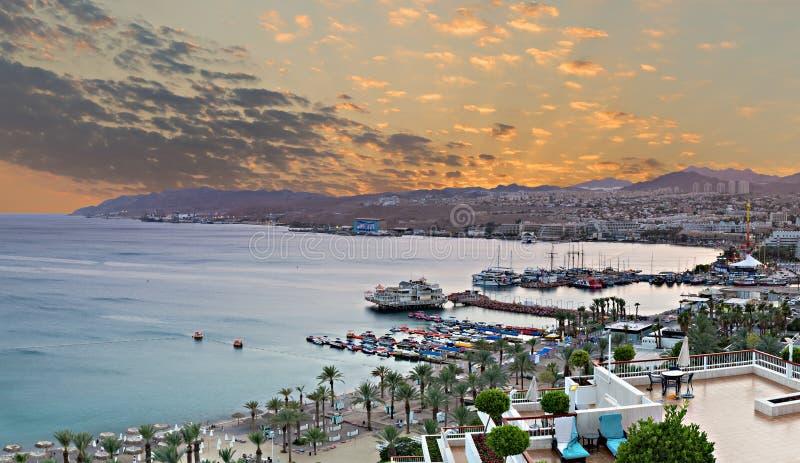 在埃拉特,以色列海湾的鸟瞰图  免版税库存图片