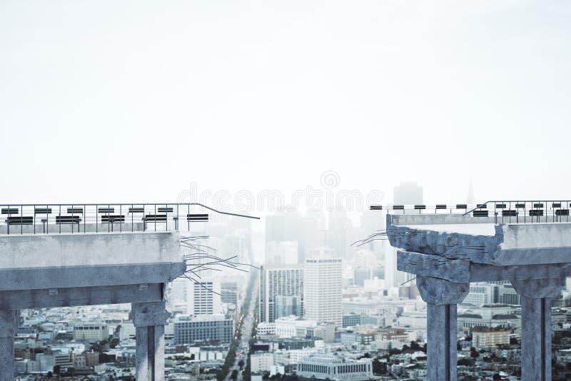 在城市背景的残破的桥梁 库存例证