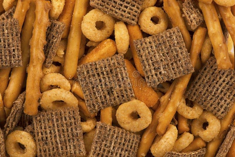 在堆的顶视图作为抽象背景的咸党混合食物 免版税库存图片
