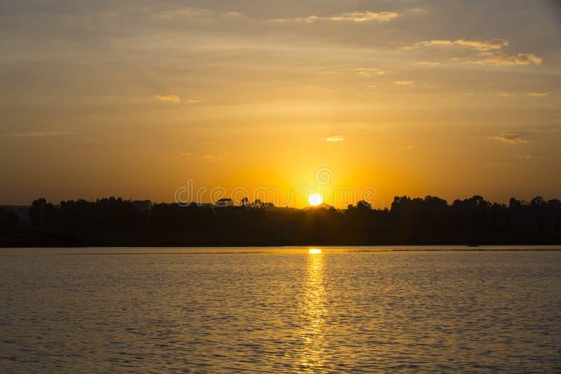 在塔纳湖上的日出 免版税库存图片