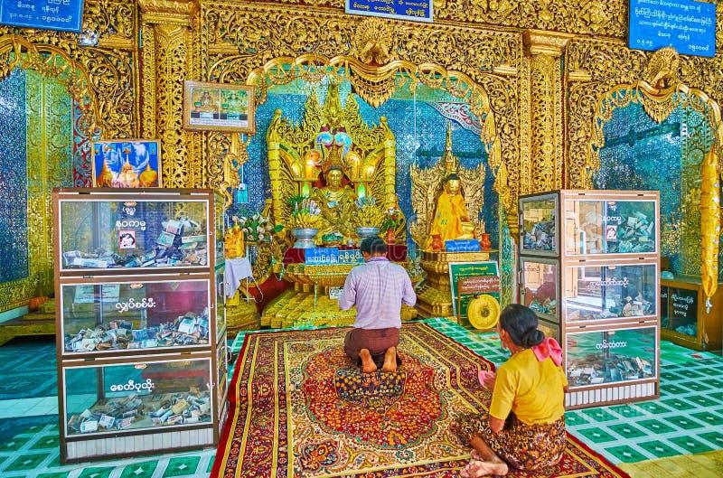 在塔翁Kalat寺庙寺庙,波帕岛,缅甸 图库摄影