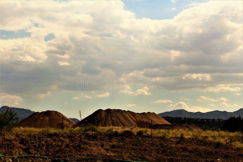 在塞多纳和热罗姆,马里科帕县,亚利桑那,美国之间的风景风景 库存照片