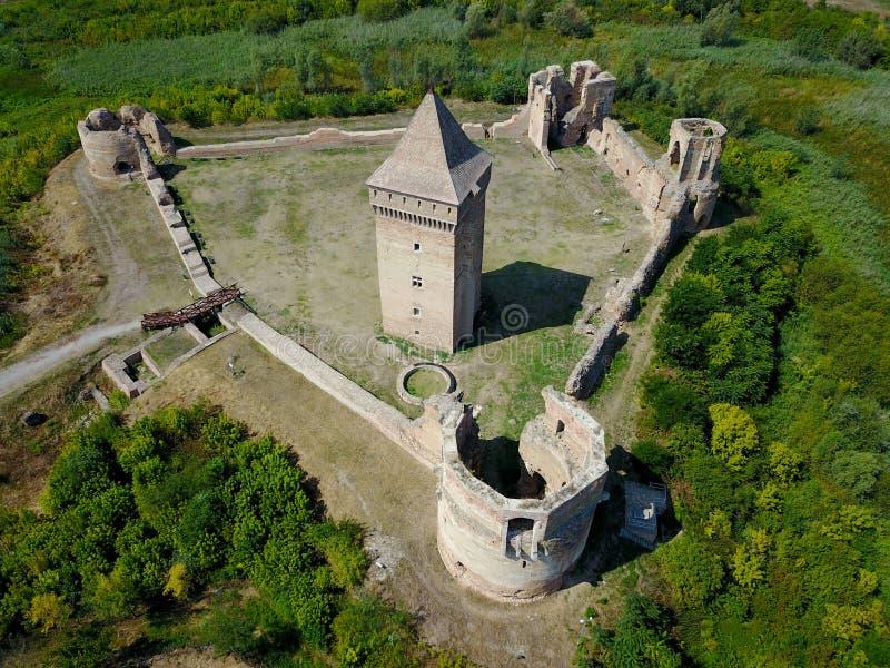 在塞尔维亚发表Bac堡垒废墟看法  库存图片