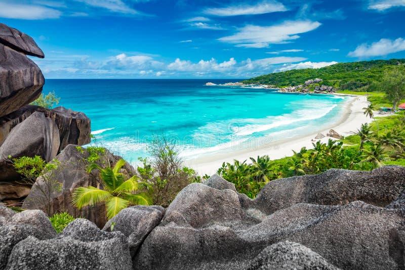 在塞舌尔群岛的惊人的观点 免版税库存图片