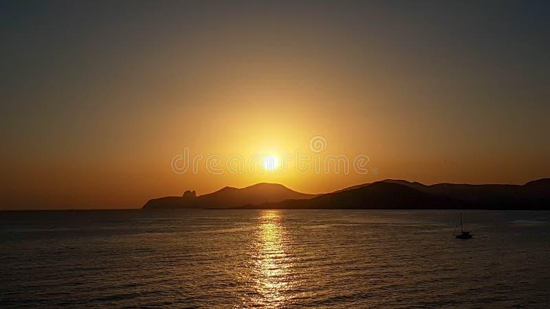 在塞萨利内斯ES韦德拉,伊维萨岛的日落 免版税库存图片