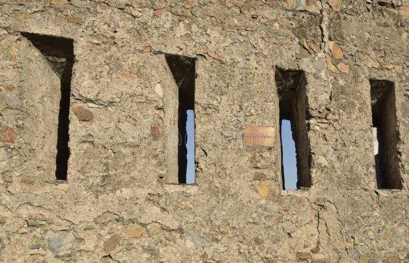 在墙壁上的发射孔 图库摄影