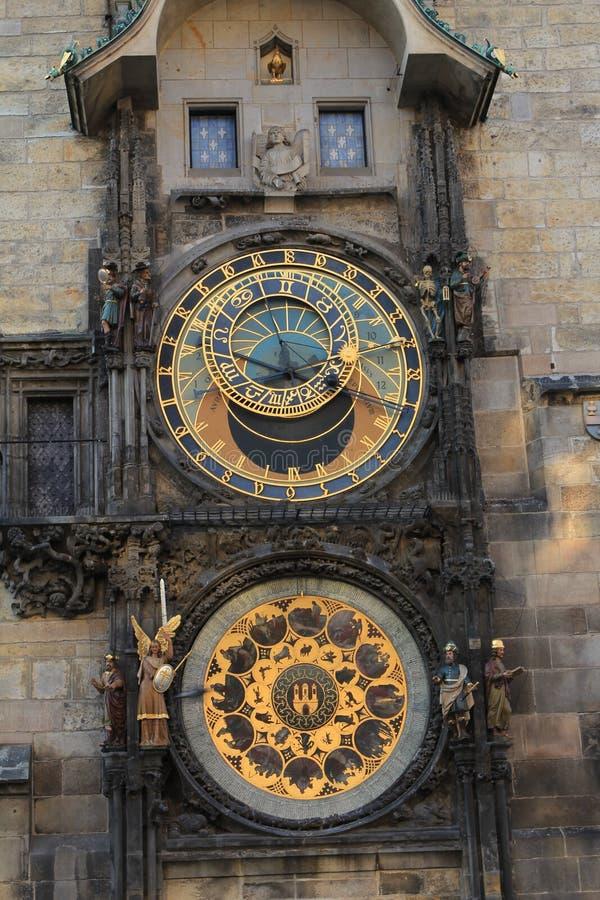 在墙壁上的时钟 库存照片