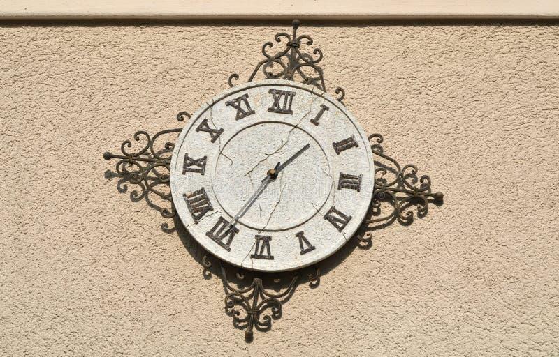 在墙壁上的时钟 免版税图库摄影