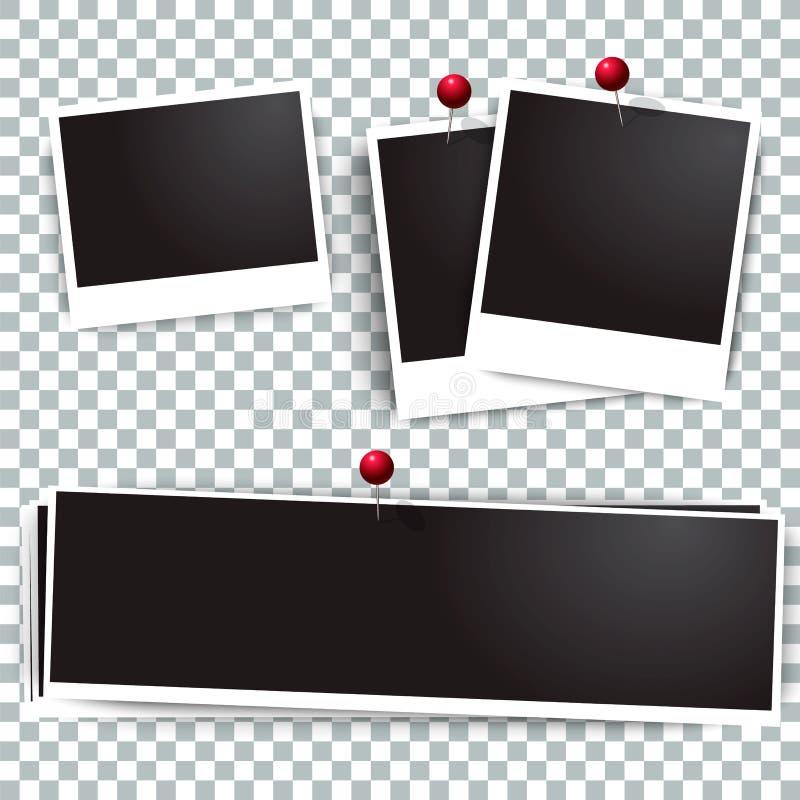 在墙壁上的照片偏正片框架附有与别针 减速火箭的图片的框架和汇集 提取空白背景蓝色按钮颜色光滑的例证查出的对象被设置的盾发光的向量 皇族释放例证