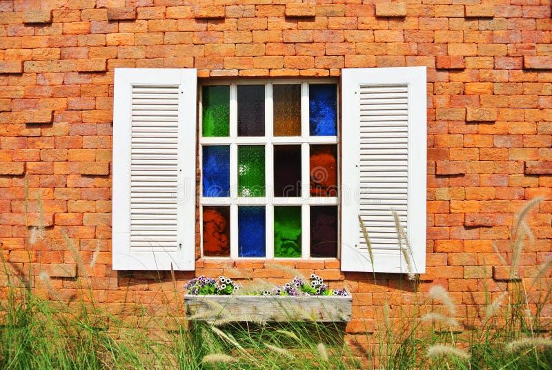 在墙壁上的视窗 库存图片