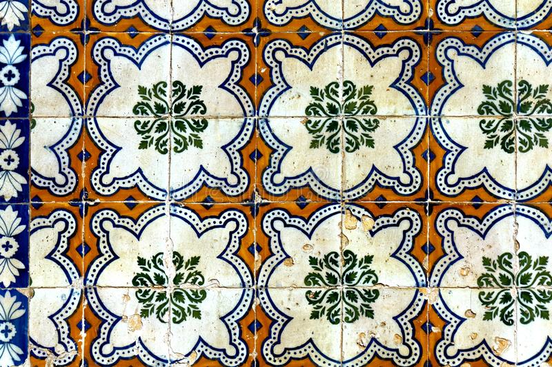 在墙壁瓦片的经典马赛克样式 免版税库存照片