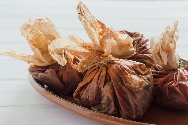 在墨西哥、墨西哥的牛肉或者辣羊羔的套的Mixiotes食物 免版税库存照片
