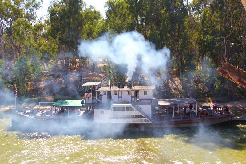 在墨累河的原始的桨火轮 免版税图库摄影
